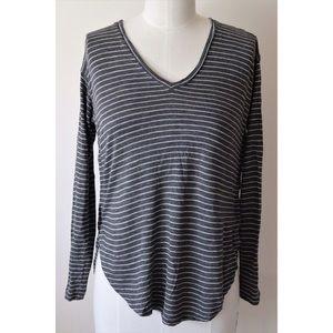 🆕 Madewell grey &white striped top, Sz S